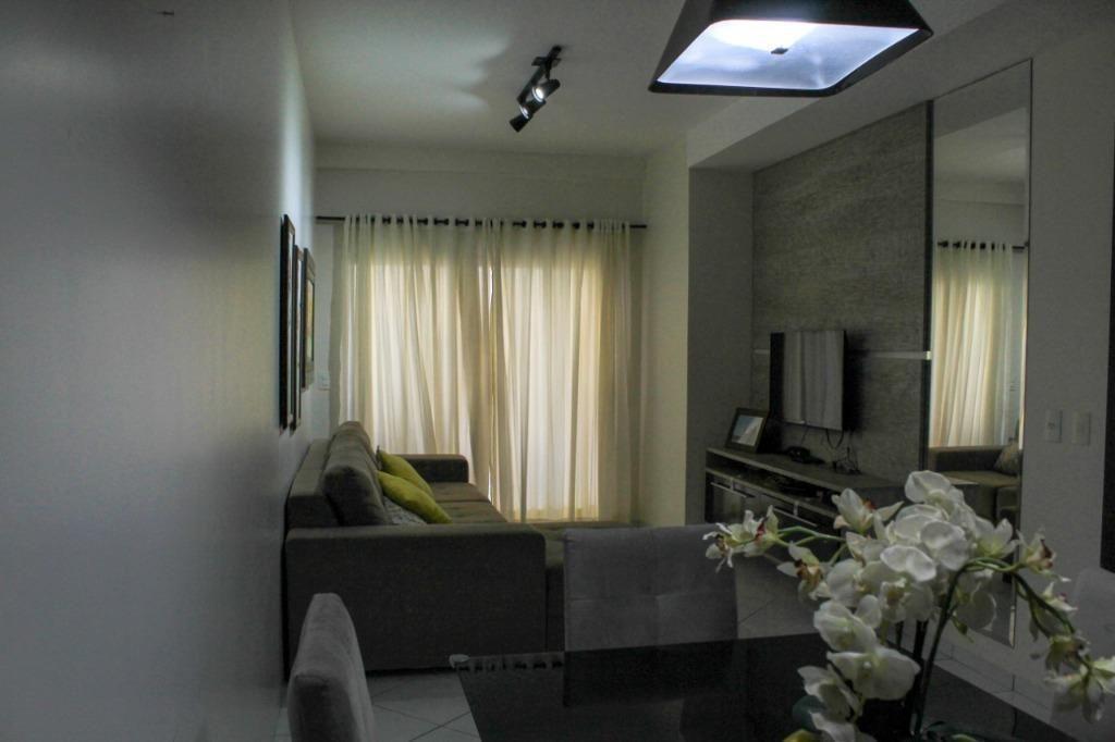 Apartamento com 03 dormitórios sendo 01 suíte à venda, 169 m² por R$ 440.000 - Jardim Jacarandás - Sinop/MT
