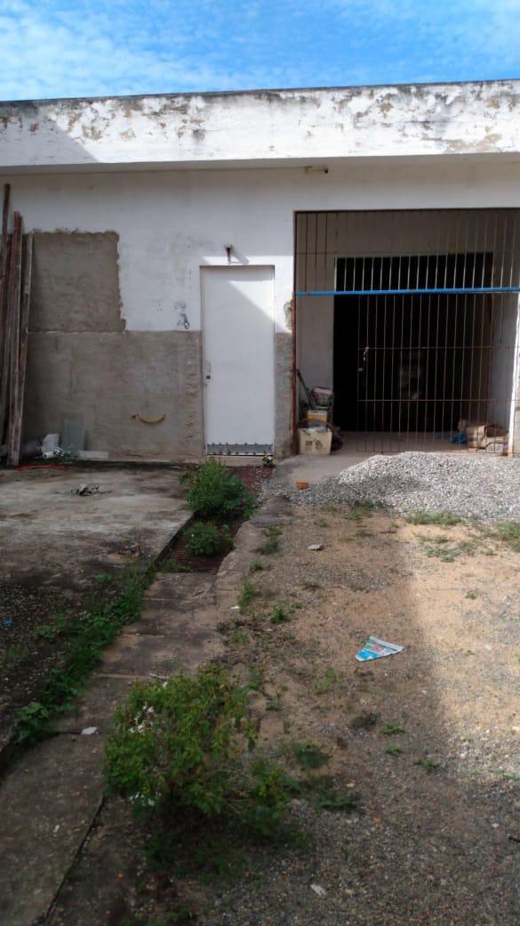PONTO COMERCIAL À VENDA E LOCAÇÃO NO CENTRO EM BOM JESUS DO ITABAPOANA/RJ.