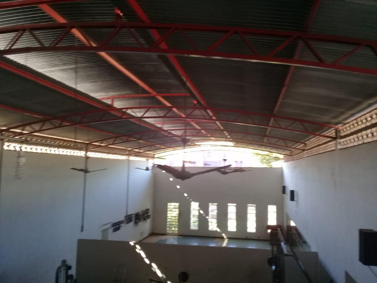 PONTO COMERCIAL PARA ALUGAR NO CENTRO EM BOM JESUS DO ITABAPOANA/RJ.