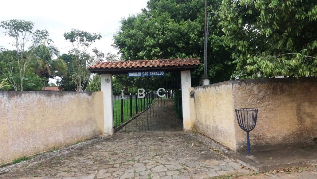 CHÁCARA À VENDA EM SANTO EDUARDO/RJ.