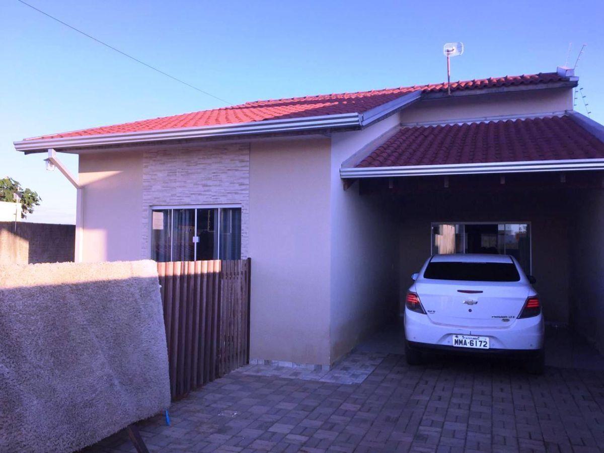 linda casa financiável com piscina